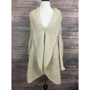Anthropologie The Cue Cher Qu Cardigan
